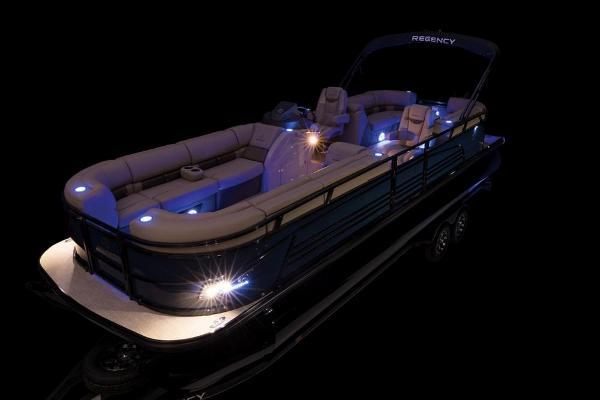 2021 Regency boat for sale, model of the boat is 250 LE3 & Image # 72 of 76
