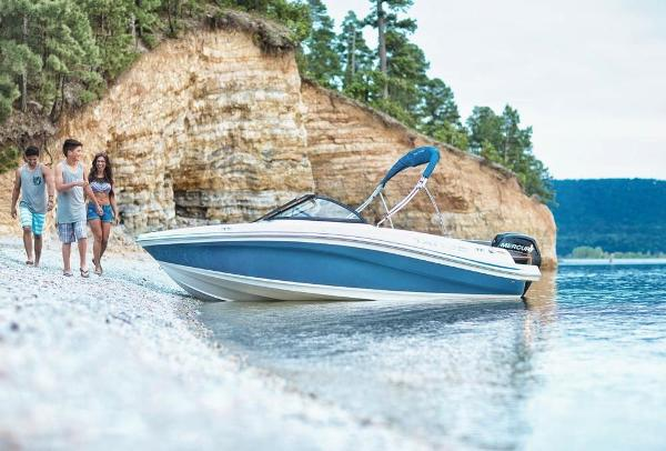 2018 Tahoe boat for sale, model of the boat is 450 TS & Image # 2 of 43