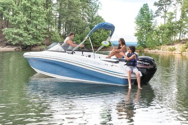 2018 Tahoe boat for sale, model of the boat is 450 TS & Image # 10 of 43
