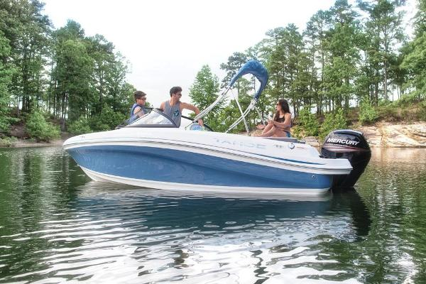 2018 Tahoe boat for sale, model of the boat is 450 TS & Image # 13 of 43