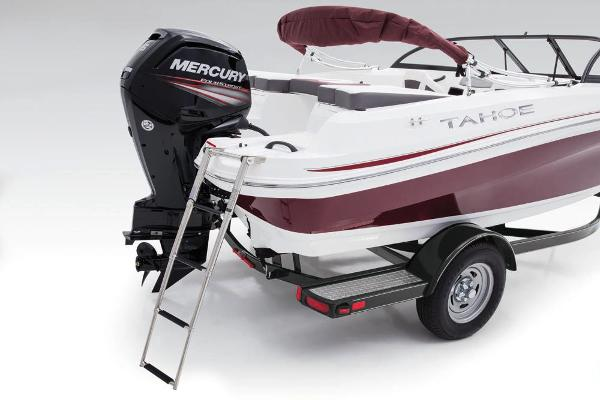 2018 Tahoe boat for sale, model of the boat is 450 TS & Image # 17 of 43