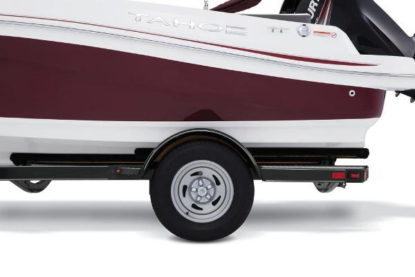 2018 Tahoe boat for sale, model of the boat is 450 TS & Image # 30 of 43