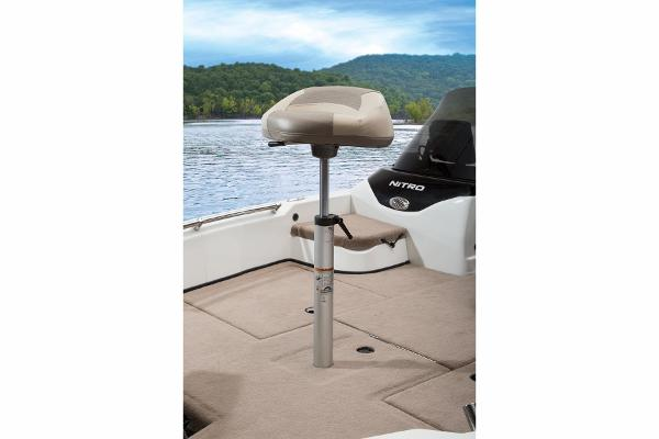 2015 Nitro boat for sale, model of the boat is ZV21 & Image # 32 of 40