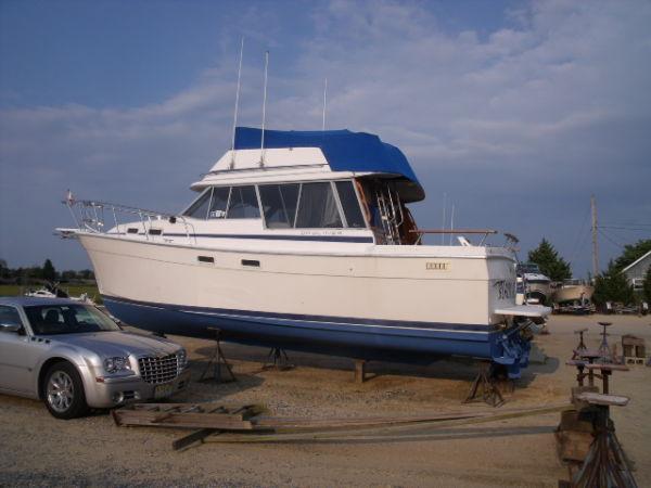 Bayliner 3270 Motoryacht Motor Yachts. Listing Number: M-3230773