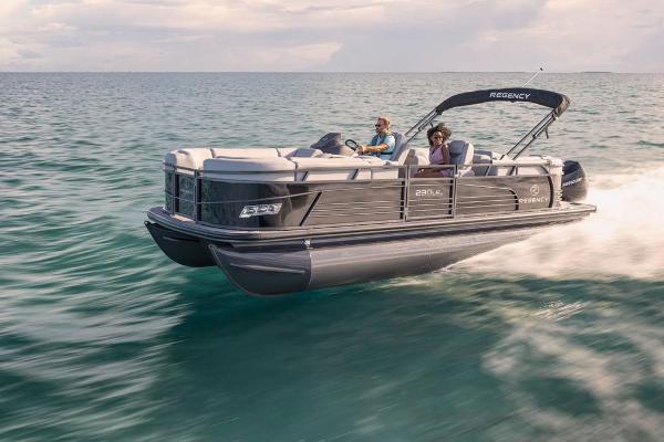 2021 Regency boat for sale, model of the boat is 230 LE3 & Image # 4 of 69