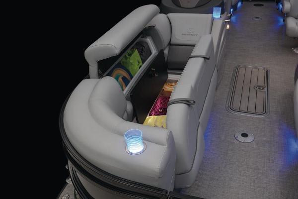 2021 Regency boat for sale, model of the boat is 230 LE3 & Image # 20 of 69