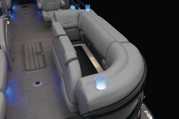 2021 Regency boat for sale, model of the boat is 230 LE3 & Image # 23 of 69
