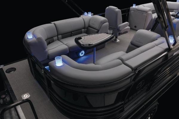 2021 Regency boat for sale, model of the boat is 230 LE3 & Image # 35 of 69