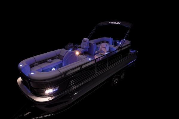 2021 Regency boat for sale, model of the boat is 230 LE3 & Image # 45 of 69