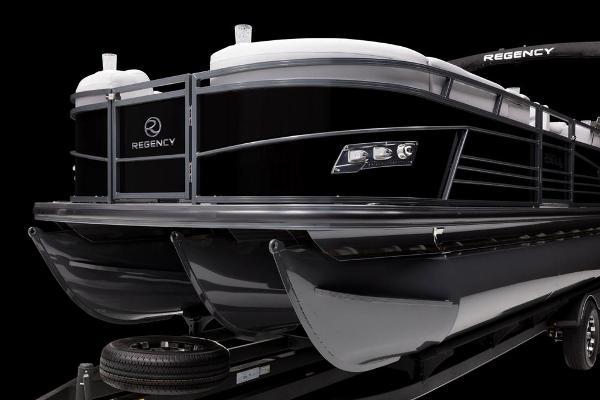 2021 Regency boat for sale, model of the boat is 230 LE3 & Image # 59 of 69