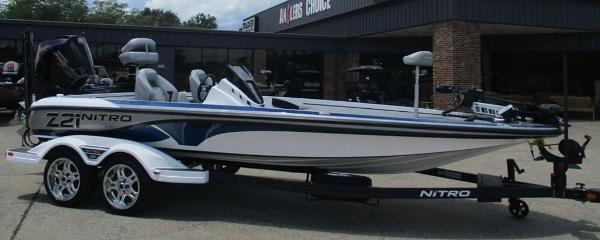 2021 Nitro boat for sale, model of the boat is Z21 & Image # 1 of 8