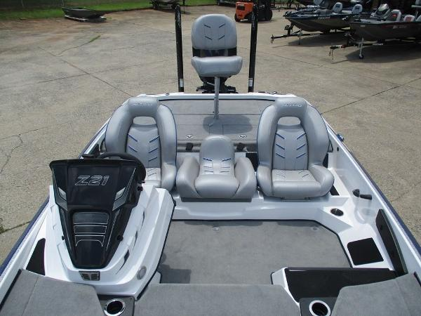 2021 Nitro boat for sale, model of the boat is Z21 & Image # 6 of 8