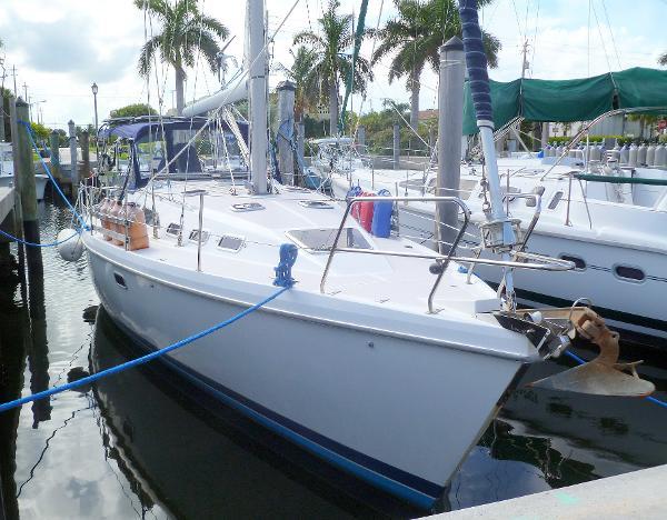 38' Catalina 1996 380