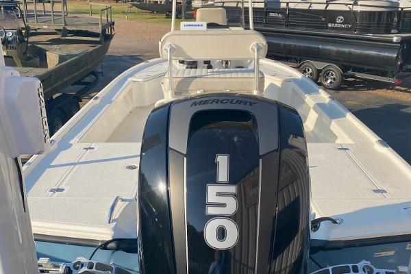 2019 Mako boat for sale, model of the boat is 21 LTS & Image # 6 of 38