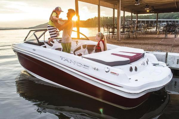 2018 Tahoe boat for sale, model of the boat is 500 TS & Image # 2 of 37