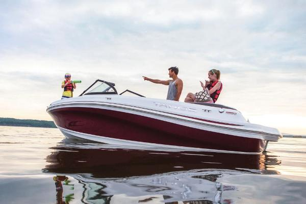 2018 Tahoe boat for sale, model of the boat is 500 TS & Image # 5 of 37