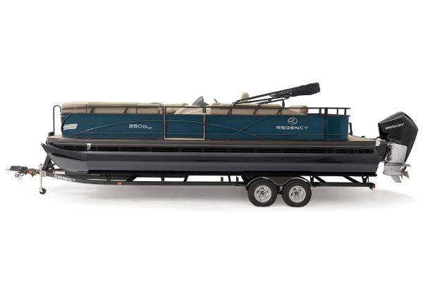 2021 Regency boat for sale, model of the boat is 250 DL3 & Image # 9 of 76
