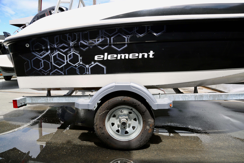 2014 Bayliner Element