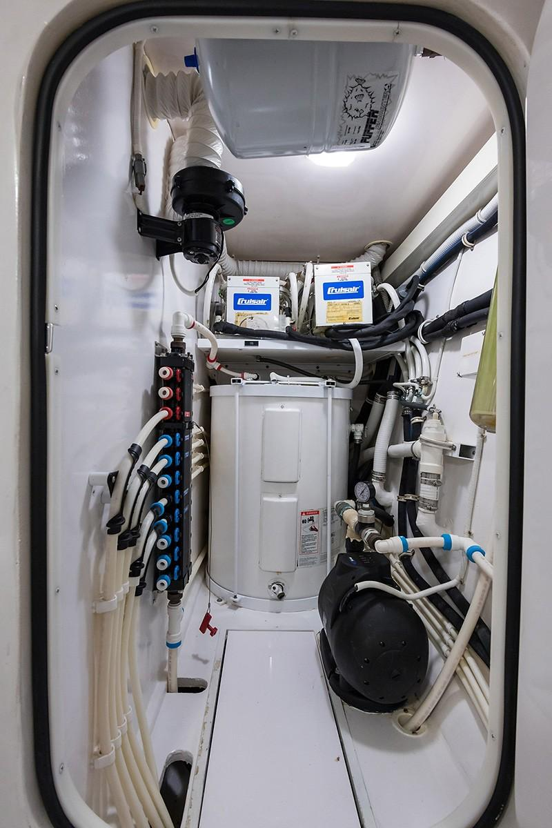 Trawler Engine Room: 68 Viking Yachts Jupiter, FL