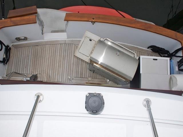 Fishing cockpit