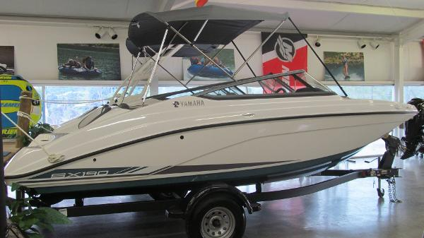 2021 Yamaha boat for sale, model of the boat is SX190 & Image # 2 of 9
