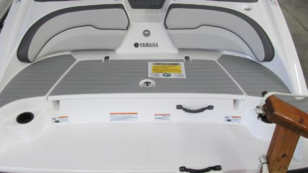 2021 Yamaha boat for sale, model of the boat is SX190 & Image # 5 of 9