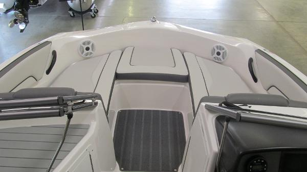 2021 Yamaha boat for sale, model of the boat is SX190 & Image # 8 of 9