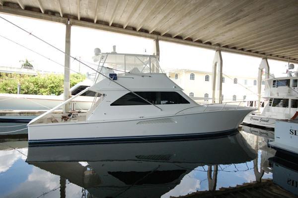 Viking Yachts Sports Fishing Boats. Listing Number: M-3677030