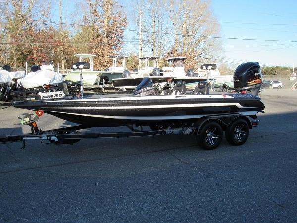 2020 Skeeter boat for sale, model of the boat is ZX200 & Image # 8 of 19