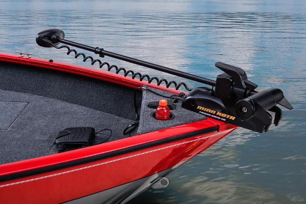2014 Tracker Boats boat for sale, model of the boat is Pro Guide V-16 SC & Image # 25 of 38