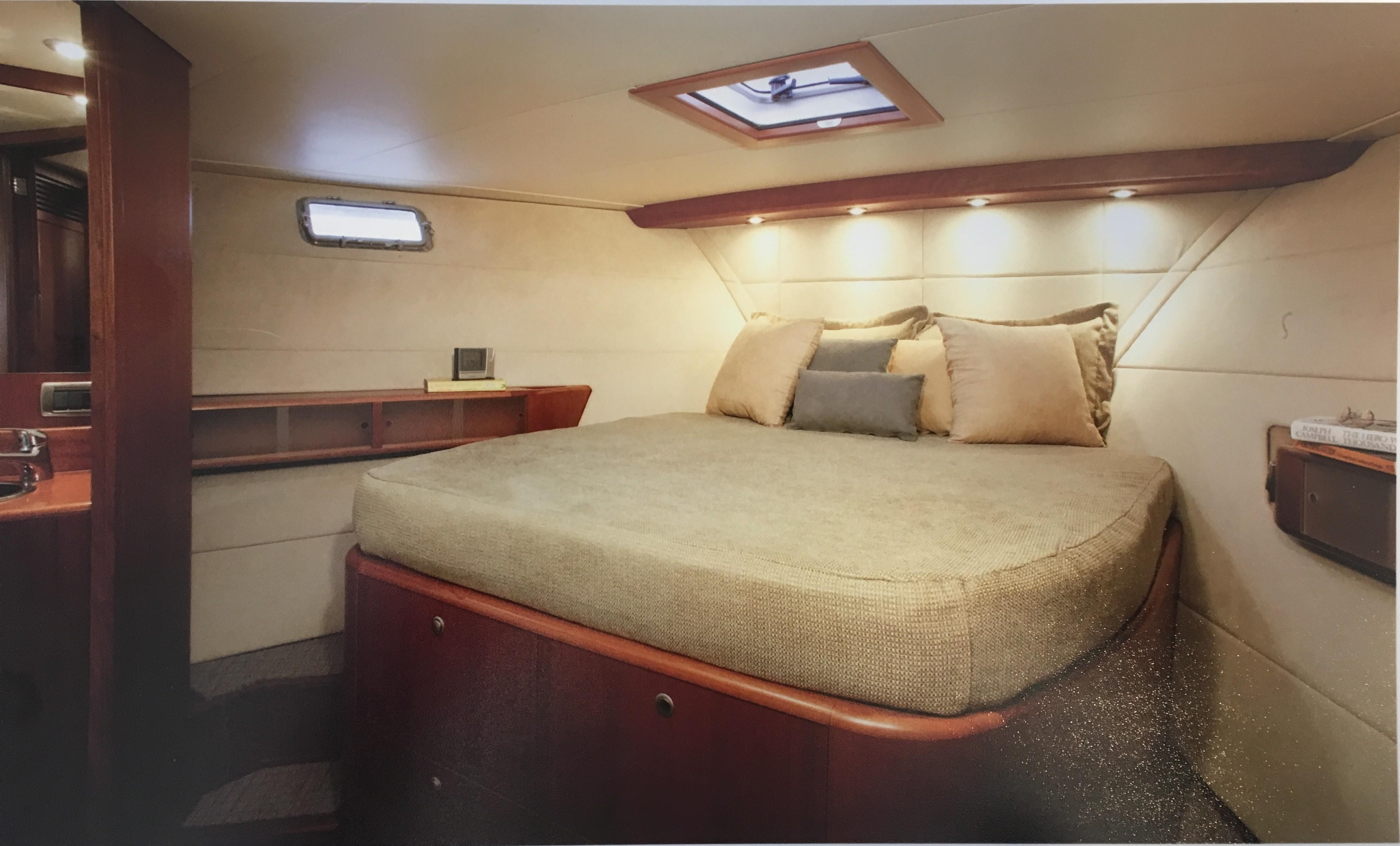 Guest Stateroom with Ensuite bath