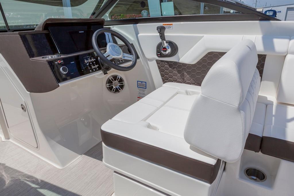 Sea RaySDX 270 Outboard