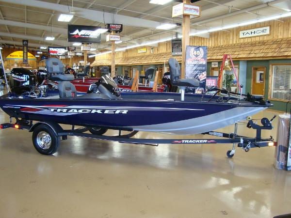 2021 Tracker Boats boat for sale, model of the boat is Pro Team 175 TF® & Image # 1 of 16