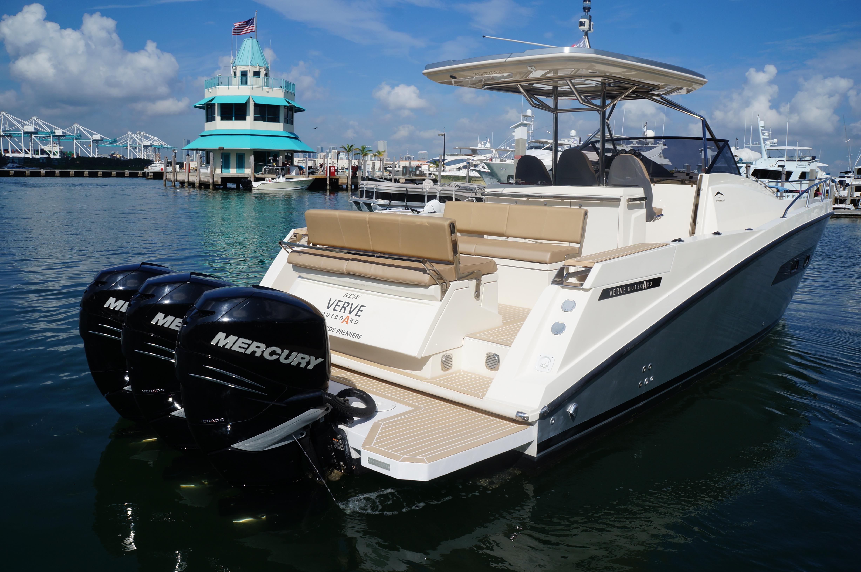 40 Azimut/Atlantis 2013 For Sale in Miami Beach, Florida, US   Denison Yacht Sales