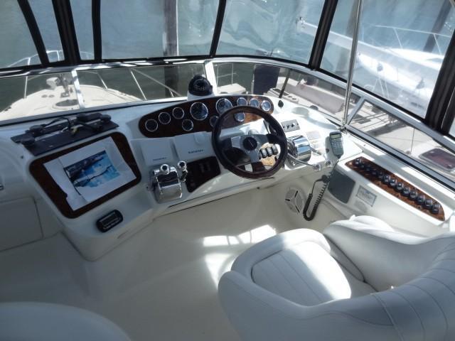 2006 Meridian 341 Sedan