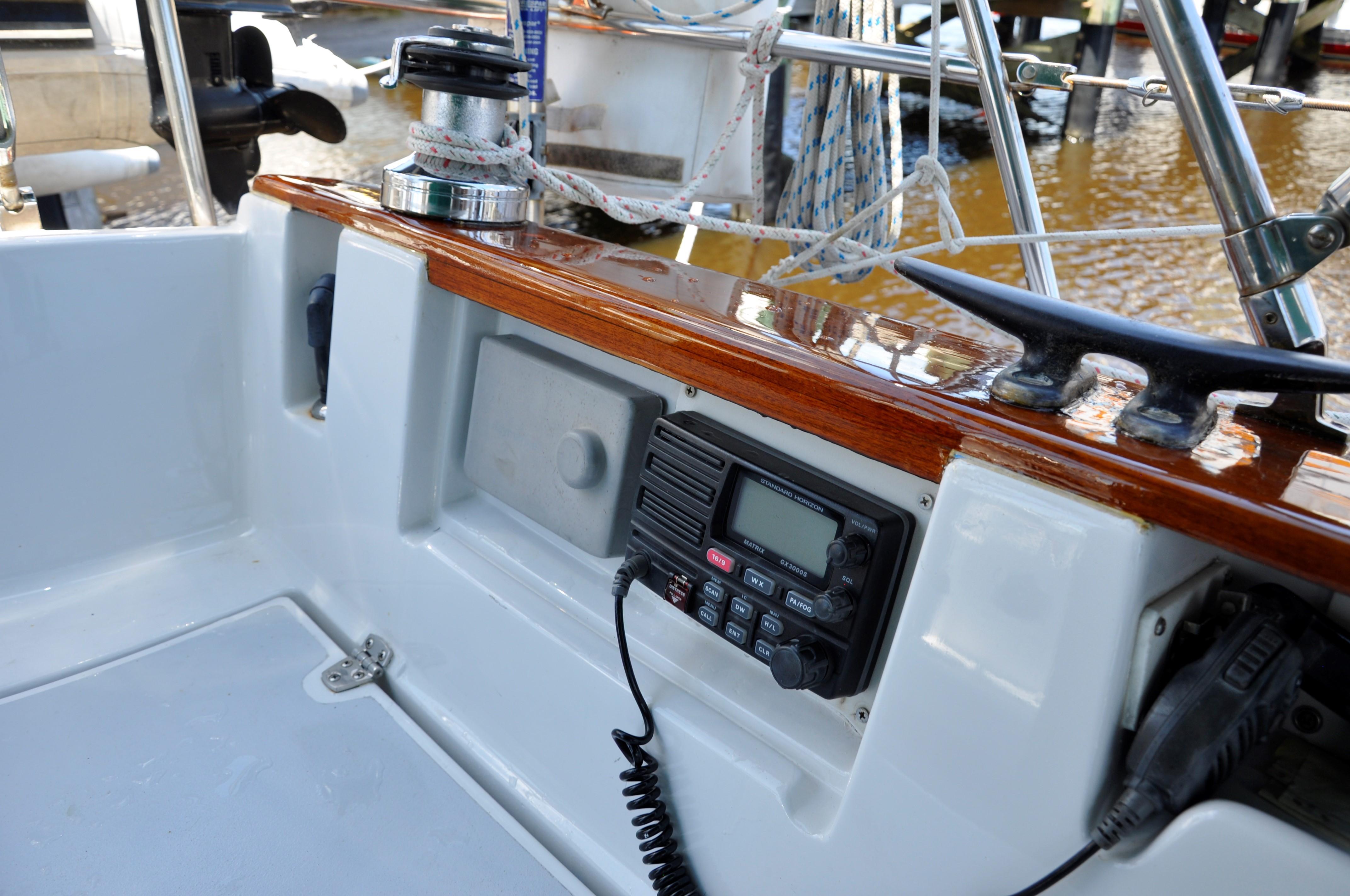 Cockpit VHF