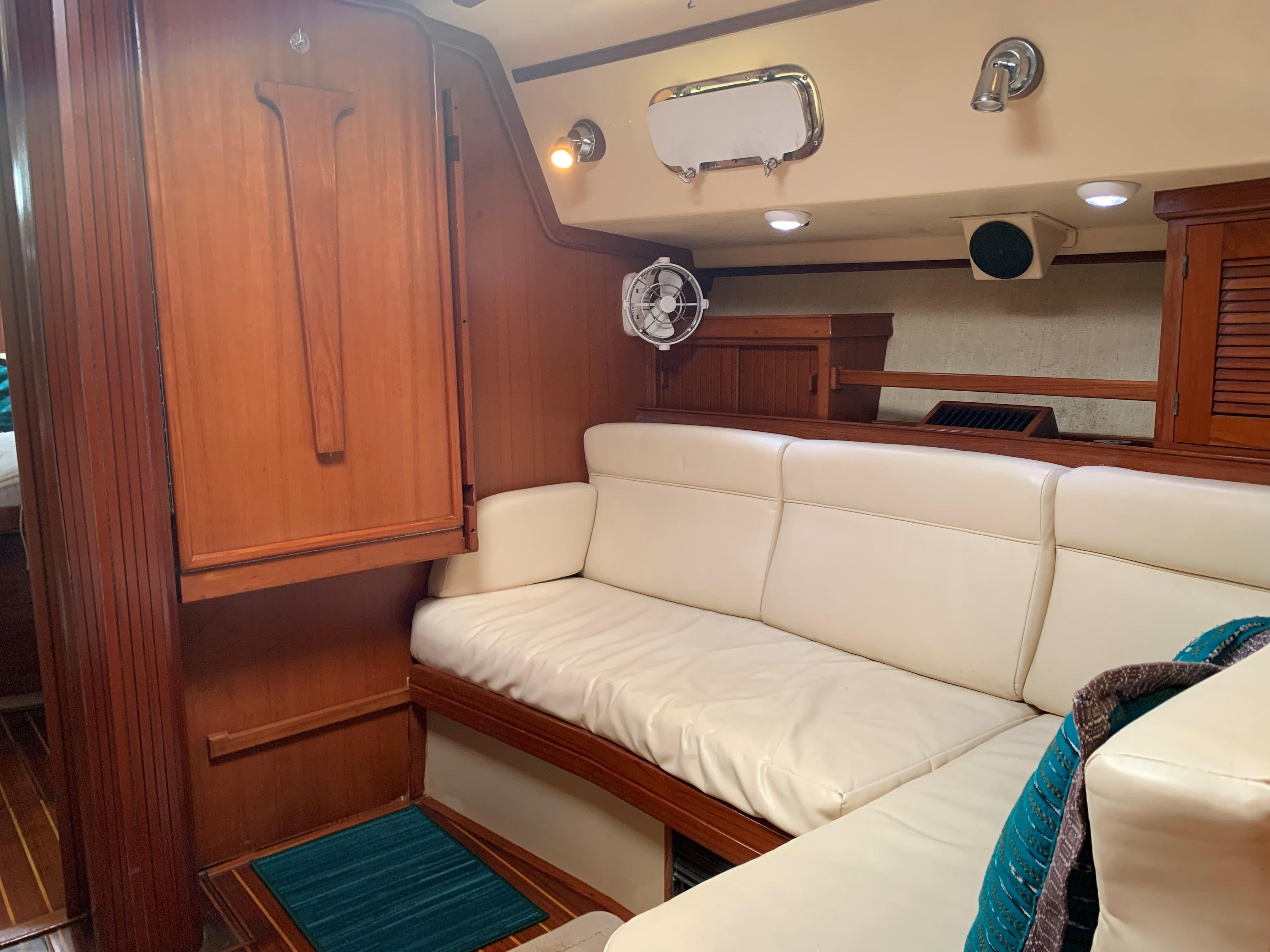 starboard main saloon