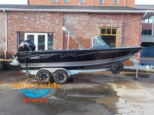 2019 Lund boat for sale, model of the boat is 2000 Sport Angler & Image # 2 of 36