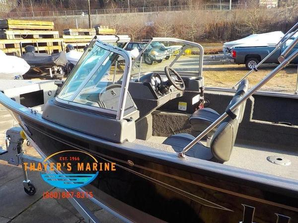 2019 Lund boat for sale, model of the boat is 2000 Sport Angler & Image # 7 of 36