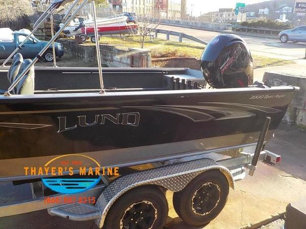 2019 Lund boat for sale, model of the boat is 2000 Sport Angler & Image # 14 of 36