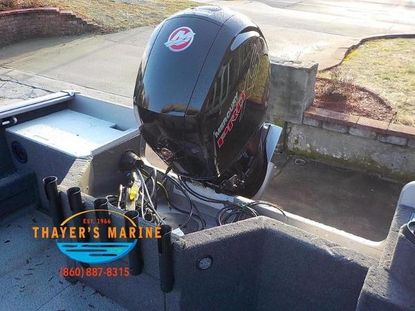 2019 Lund boat for sale, model of the boat is 2000 Sport Angler & Image # 30 of 36