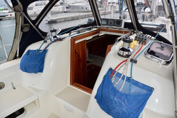 Picture Of:  38.58' Sabre 386 2005Yacht For Sale | 4 of 27