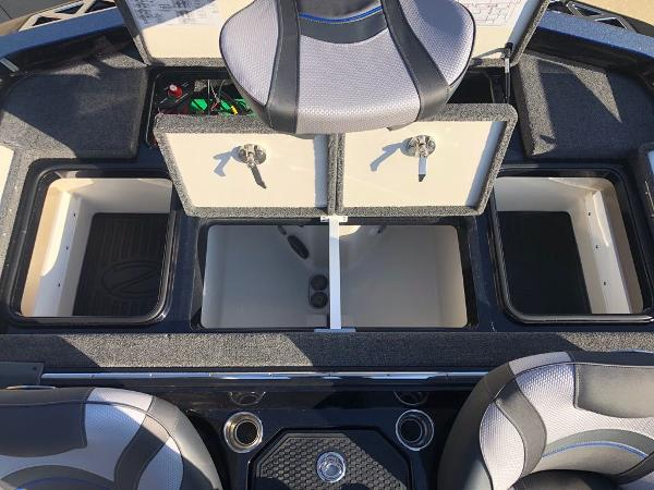 2021 Ranger Boats boat for sale, model of the boat is Z520L & Image # 13 of 18