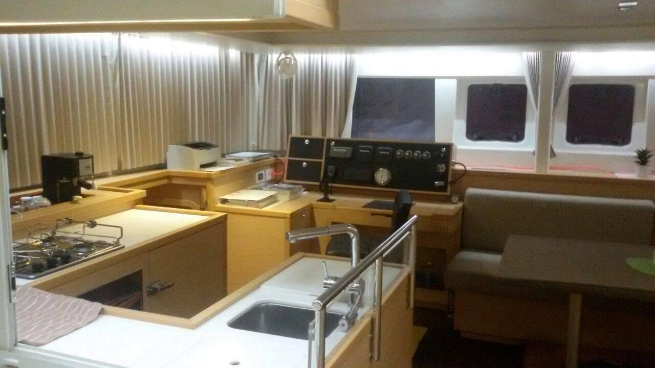Lagoon 450 Galley