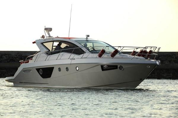 M44 HT power boat-5764