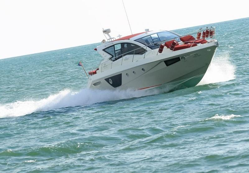 M44 HT power boat-4