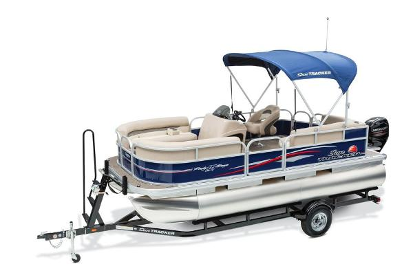 2016 Sun Tracker boat for sale, model of the boat is Party Barge 18 DLX & Image # 4 of 23