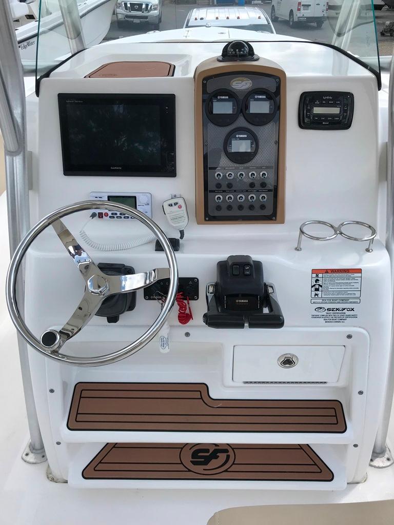 Sea Fox266 Commander