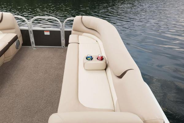 2016 Sun Tracker boat for sale, model of the boat is Party Barge 20 DLX & Image # 33 of 74