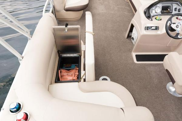 2016 Sun Tracker boat for sale, model of the boat is Party Barge 20 DLX & Image # 51 of 74